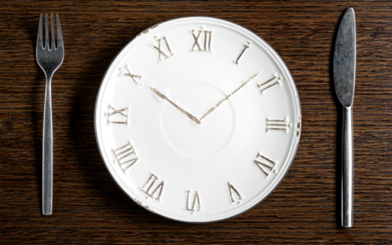 ClockPlateUtensils_6129.jpg