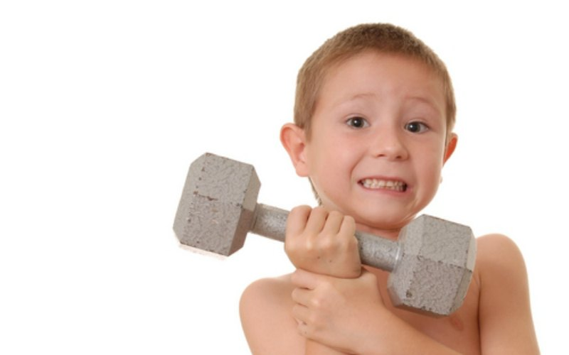 LittleBoyBigWeightsmall_2949.jpg